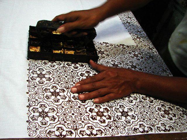 picture dari pinteres proses pebuatan batik cap